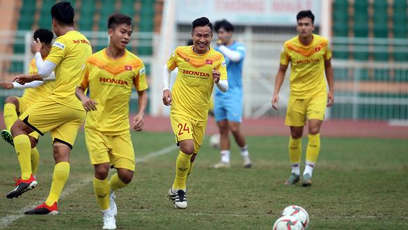 Sang Thái chuẩn bị VCK U23 châu Á, U23 Việt Nam đầy quyết tâm - Ảnh 8.