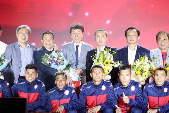 Mua nhiều sao nhưng CLB TP.HCM chỉ đặt mục tiêu tốp 3 V-League 2020 - Ảnh 1.