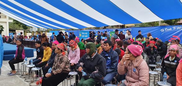 Điện Máy Xanh trao 10.000 nồi cơm điện cho người nghèo dịp tết - Ảnh 1.
