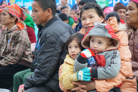 Điện Máy Xanh trao 10.000 nồi cơm điện cho người nghèo dịp tết - Ảnh 3.