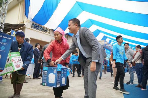 Điện Máy Xanh trao 10.000 nồi cơm điện cho người nghèo dịp tết - Ảnh 4.