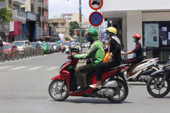 Tọa đàm xe công nghệ: an toàn người lái - thoải mái người đi - Ảnh 1.