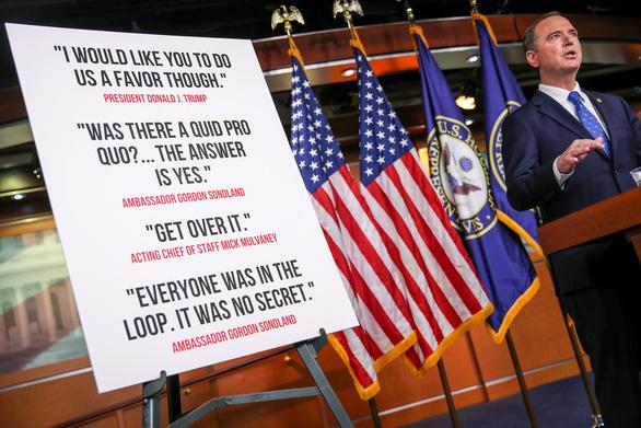 Phe Dân chủ tung 300 trang tài liệu tố ông Trump phá hoại nước Mỹ - Ảnh 1.
