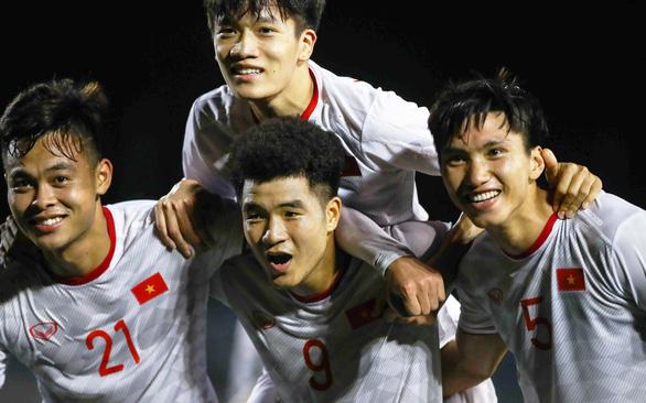 U22 Việt Nam - U22 Singapore: 1-0 : Chiến thắng vất vả - Ảnh 1.