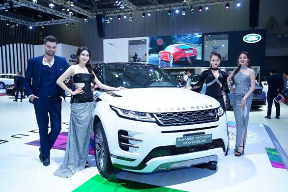 Jaguar Land Rover có nhà phân phối mới tại Việt Nam - Ảnh 1.