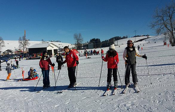 Đến Thụy Sĩ ngắm thiên đường tuyết trắng từ 19.900.000 đồng - Ảnh 3.