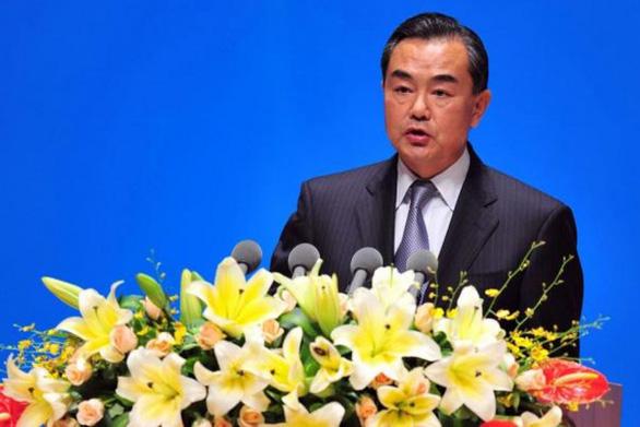 Bộ Ngoại giao Trung Quốc xài Twitter, kêu gọi tinh thần chiến đấu cao - Ảnh 1.