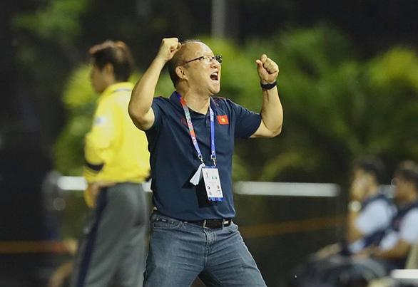 Loại Thái Lan, U22 Việt Nam vào bán kết SEA Games gặp Campuchia - Ảnh 2.