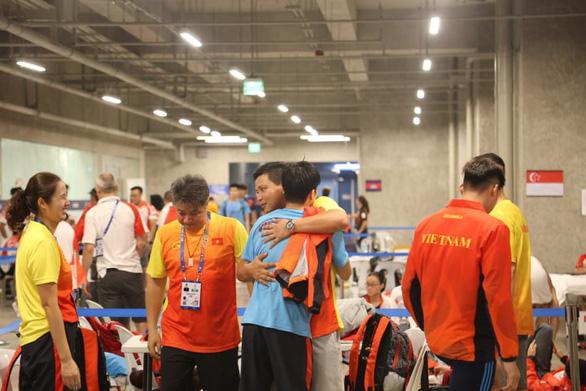 SEA Games ngày 5-12: Bơi lội, đấu kiếm và Pencak Silat đoạt 4 huy chương vàng - Ảnh 1.