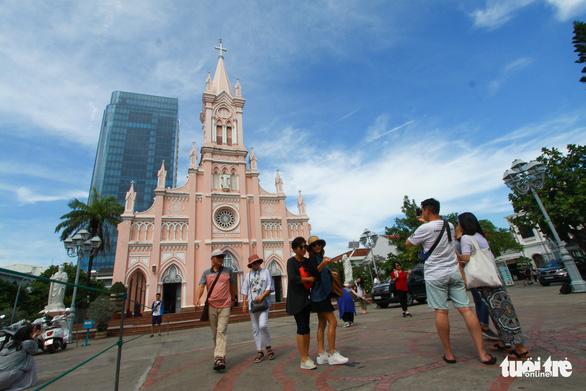 Du lịch Đà Nẵng: Nên chú trọng khách giàu, giảm phụ thuộc khách Hàn Quốc, Trung Quốc - Ảnh 4.