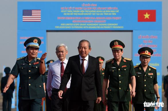 Bắt đầu tẩy rửa điểm nóng dioxin lớn nhất ở Việt Nam - Ảnh 2.