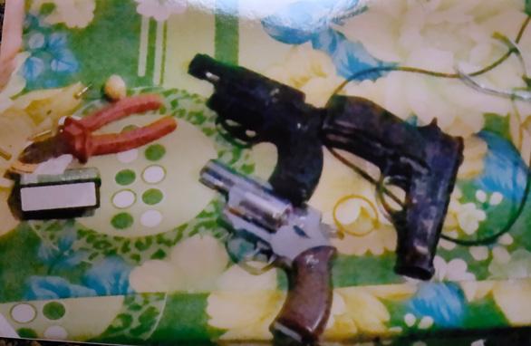 Hành trình truy bắt nhóm nghi phạm táo tợn cướp tiệm vàng ở Hóc Môn - Ảnh 3.