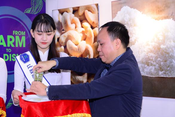 Phúc Sinh làm mới ngành công nghiệp gia vị Việt - Ảnh 1.