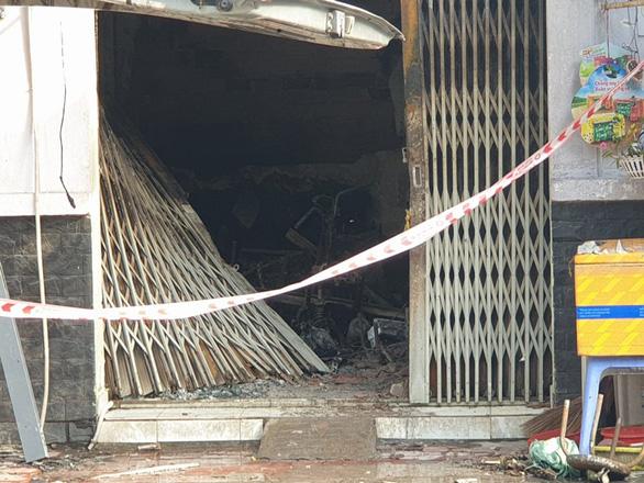 Cháy đau lòng ở quận 7 lúc rạng sáng, 3 người thiệt mạng - Ảnh 5.