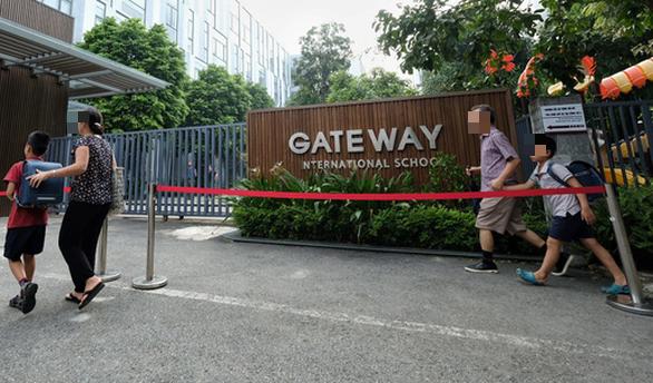 Học sinh trường Gateway chết trên xe đưa đón: vì sao chỉ một cô giáo bị đề nghị truy tố? - Ảnh 2.