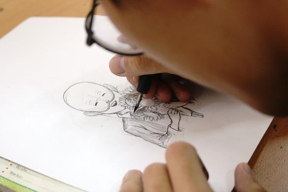 Bạn trẻ vẽ tranh tặng bệnh nhi ung thư hưởng ứng Ngày hội hoa hướng dương - Ảnh 2.