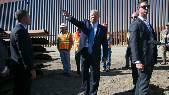 Ông Trump chưa xem băng đảng ma túy là khủng bố, Mexico thở phào - Ảnh 1.