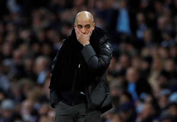 M.U gây sốc, quật ngã M.C trong trận derby Manchester - Ảnh 3.