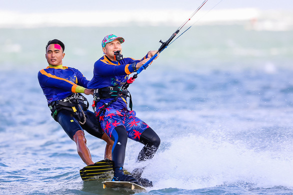 Ninh Chữ - điểm đến của lướt ván diều quốc tế - Ảnh 3.