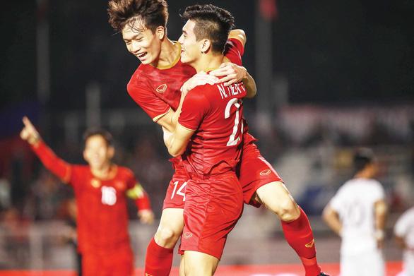 U22 Việt Nam - U22 Campuchia 4-0: Giấc mơ vàng sau 60 năm - Ảnh 1.