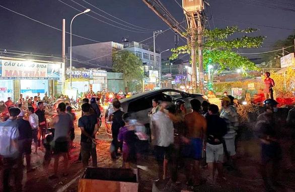 Một người đàn ông bị trúng đạn chết ở huyện Bình Chánh - Ảnh 1.