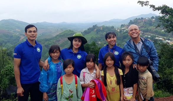 Hành trình lang thang của Nguyễn Á với Khi ta còn trẻ - Ảnh 5.