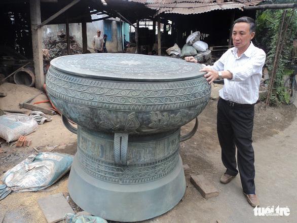 Ngôi làng chuyên làm đồ đồng chưng cúng nổi tiếng nhất Điện Bàn - Ảnh 7.