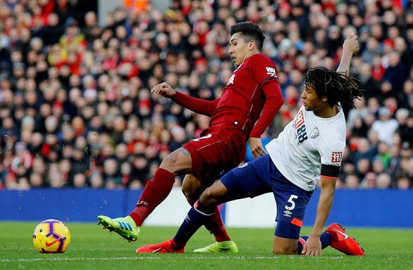 Chiếm lại ngôi đầu, Liverpool phả hơi nóng vào đại chiến M.C - Chelsea - Ảnh 2.