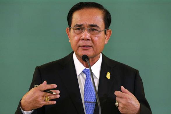Thủ tướng Thái Lan răn đe trừng phạt kẻ tung tin đảo chính - Ảnh 1.