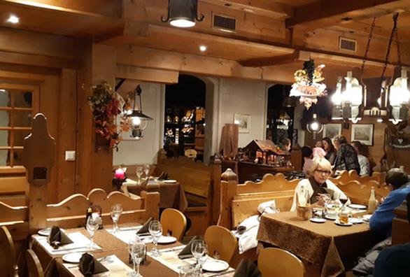 Thưởng thức món ăn ở những nhà hàng Thụy Sĩ vài trăm tuổi - Ảnh 3.
