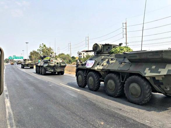 Rộ tin đồn đảo chính ở Thái Lan, cảnh sát được điều động - Ảnh 2.