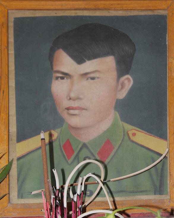 40 năm cuộc chiến vệ quốc 1979 - kỳ 2: Cái chết của người sinh viên năm nhất - Ảnh 1.