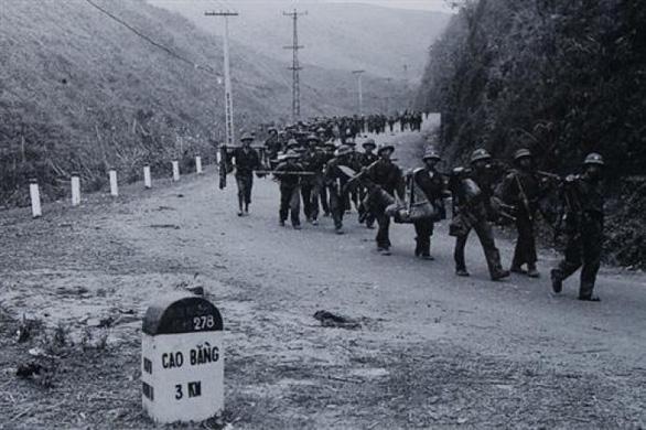 Ngày thơ Việt Nam vinh danh cuộc chiến bảo vệ biên giới phía Bắc - Ảnh 1.