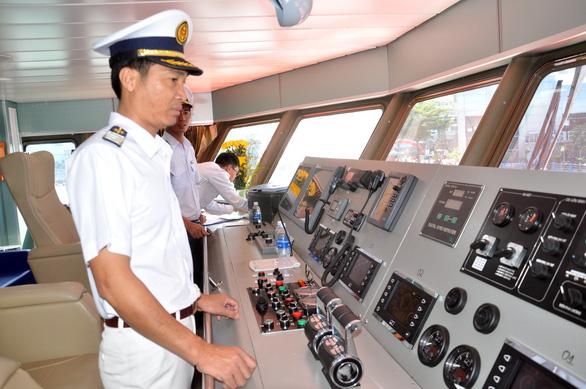 Tàu cao tốc chạy tuyến Vũng Tàu - Côn Đảo chỉ hơn 3 tiếng đồng hồ - Ảnh 3.