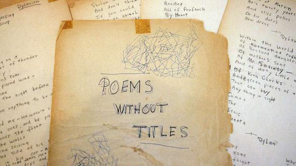 Bảo tàng Mỹ trưng bày bản thảo viết tay của Bob Dylan - Ảnh 1.
