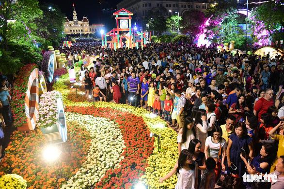 TP.HCM: 147.000 lượt người đi du lịch nước ngoài dịp tết, tăng 20% - Ảnh 2.