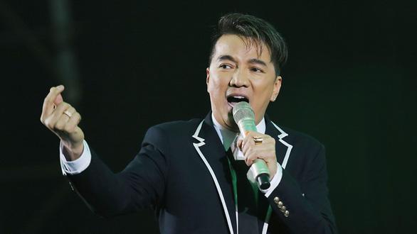 Ông Vương Duy Biên: Không để trình độ của cán bộ làm ách tắc tiến trình đổi mới - Ảnh 1.