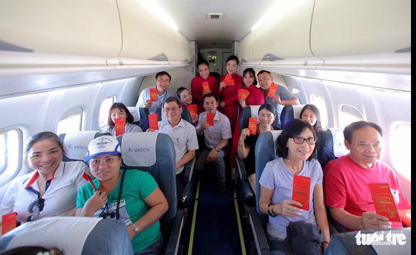 Mở lại đường bay Vinh - Đà Nẵng 7 chuyến/tuần - Ảnh 2.