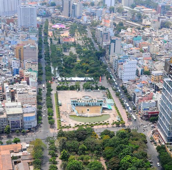 Khẩn trương có phương án di dời sân khấu Sen Hồng ở công viên 23-9 - Ảnh 2.