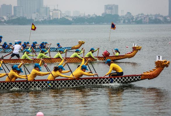 30 đội tham dự lễ hội Bơi chải thuyền rồng mở rộng 2019 - Ảnh 4.