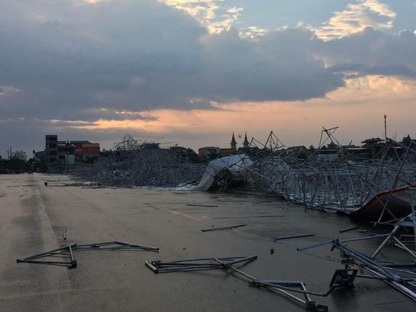 Hàng chục nhà dân bị thiệt hại do dông lốc, mưa đá ở các tỉnh phía Bắc - Ảnh 9.