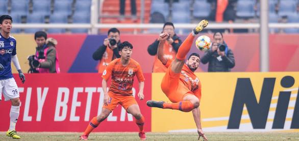 Thua Shandong Luneng, Hà Nội chia tay AFC Champions League - Ảnh 1.