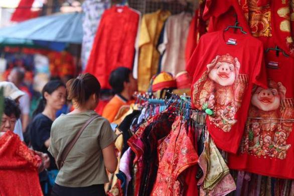 Không phải tết truyền thống, kinh doanh dịp Tết Kỷ Hợi ở Thái vẫn khởi sắc - Ảnh 1.