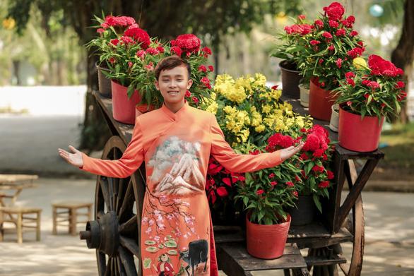 Phi Nhung cùng các con nuôi tung Mùa xuân hạnh phúc - Ảnh 4.