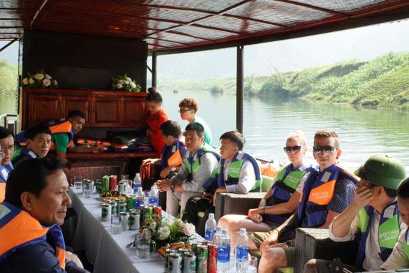 Quảng Bình mở tuyến du lịch đường sông tham quan các làng nghề - Ảnh 2.