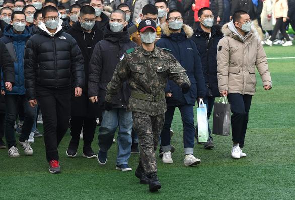 Trai Hàn mong chấm dứt chiến tranh Triều Tiên để khỏi đi nghĩa vụ - Ảnh 1.