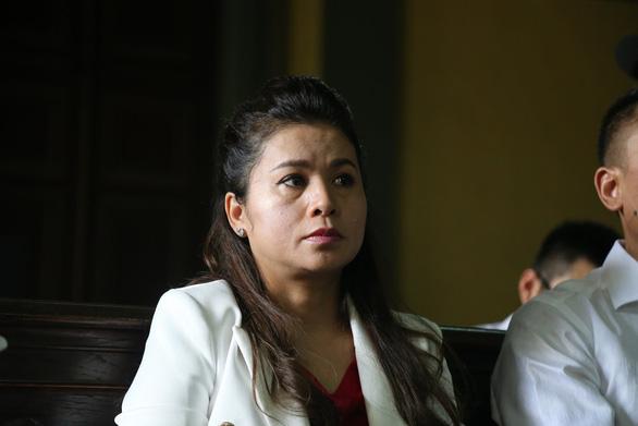 Bà Lê Hoàng Diệp Thảo xin rút đơn, vua cà phê Trung Nguyên không đồng ý - Ảnh 3.