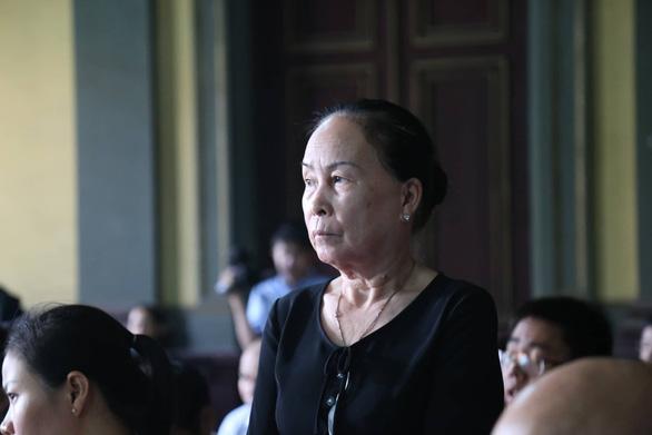 Mẹ của ông Đặng Lê Nguyên Vũ: Đau khổ khi con bị giám định tâm thần - Ảnh 2.
