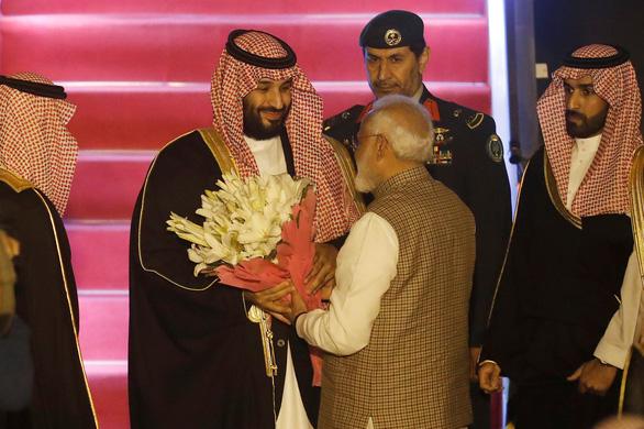 Thái tử Saudi Arabia ra lệnh thả 850 tù nhân theo yêu cầu của thủ tướng Ấn - Ảnh 2.