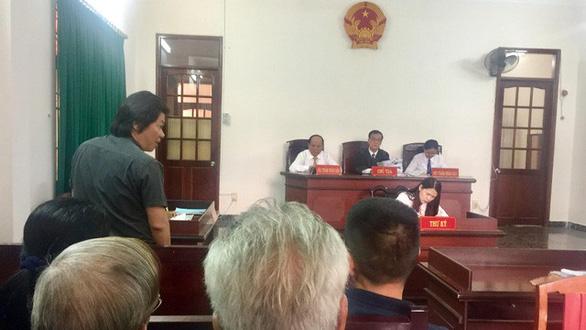 Hoãn phiên tòa phúc thẩm vụ sập bẫy mua nhà giá cao - Ảnh 1.
